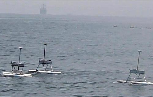 Screen cap of the JEROS robots in formaiton. From http://www.kaist.edu/edu.html